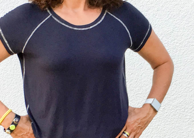 Shirt mit Flatlock-Nähten
