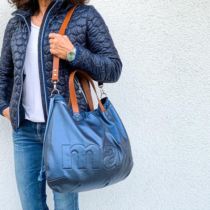 Shopper mit kurzen Trägern und langem Schultergurt aus Lederriemen