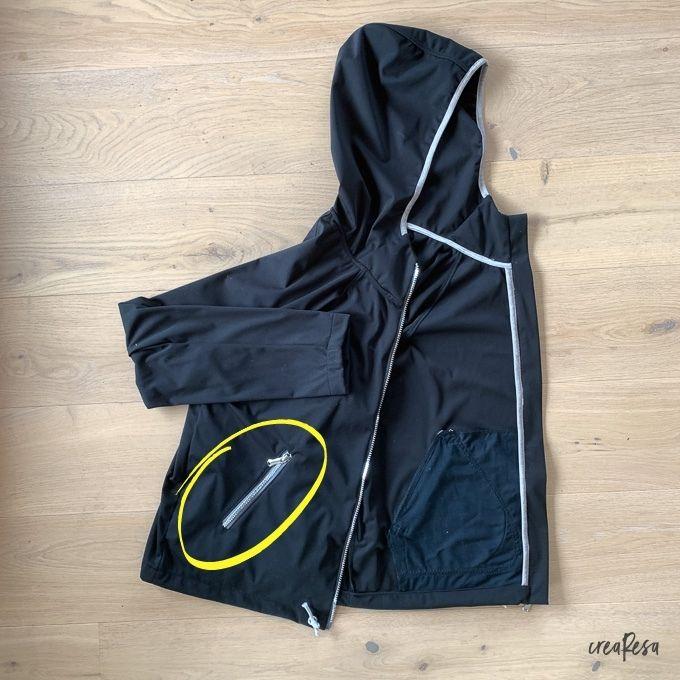 Reißverschlusstasche an einer Jacke